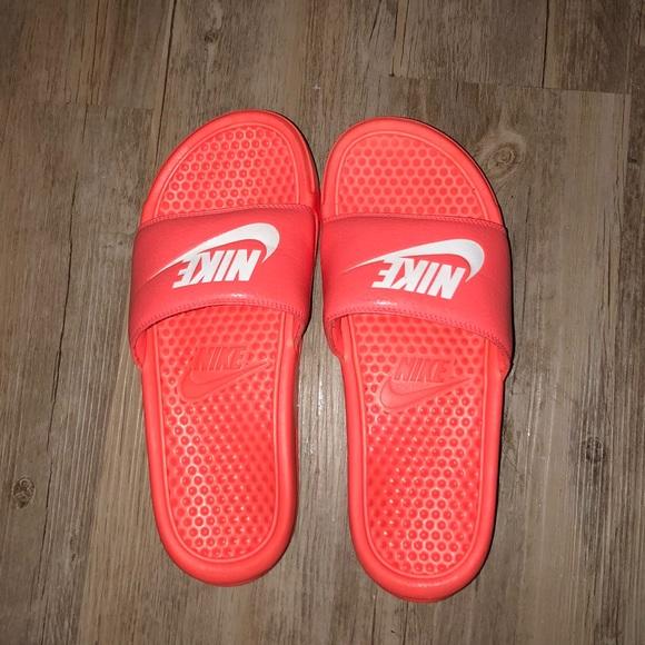 buy online 0feae e2b8d Nike Neon Pink/Orange Slides